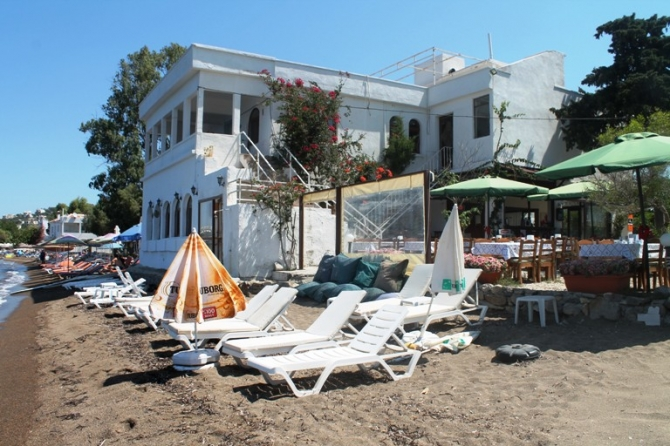 Boutique Bodrum Yalikavak hotel for sale with beachfront