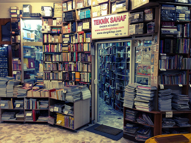 Istanbul book market