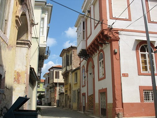 Authentic properties in Ayvalik