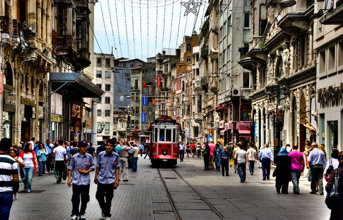 """""""Big Three"""" Istanbul streets in Europe's top ten for ..."""