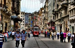"""""""Big Three"""" Istanbul streets in Europe's top ten for rental increase"""