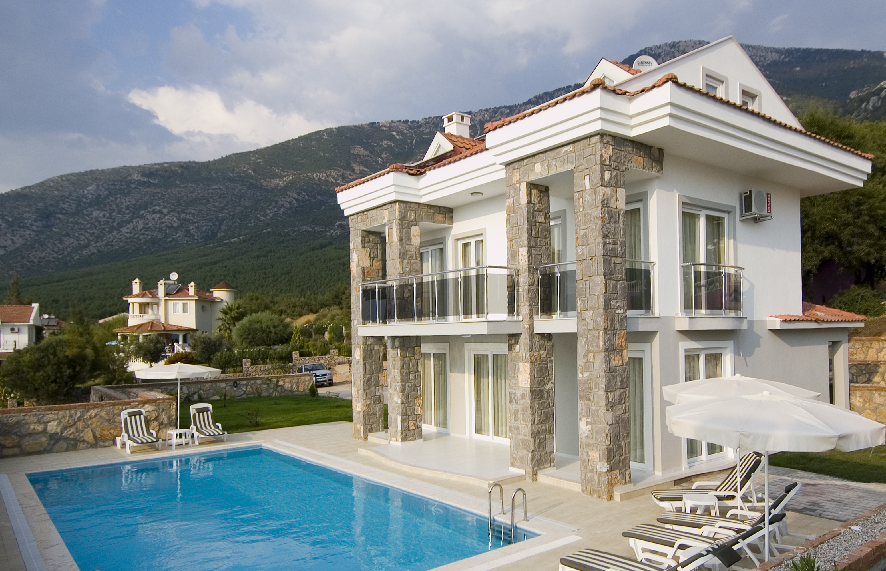 Luxury villa for sale in Ovacik