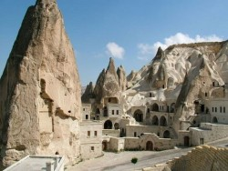 Giant underground city found in Turkey from 3000 BC