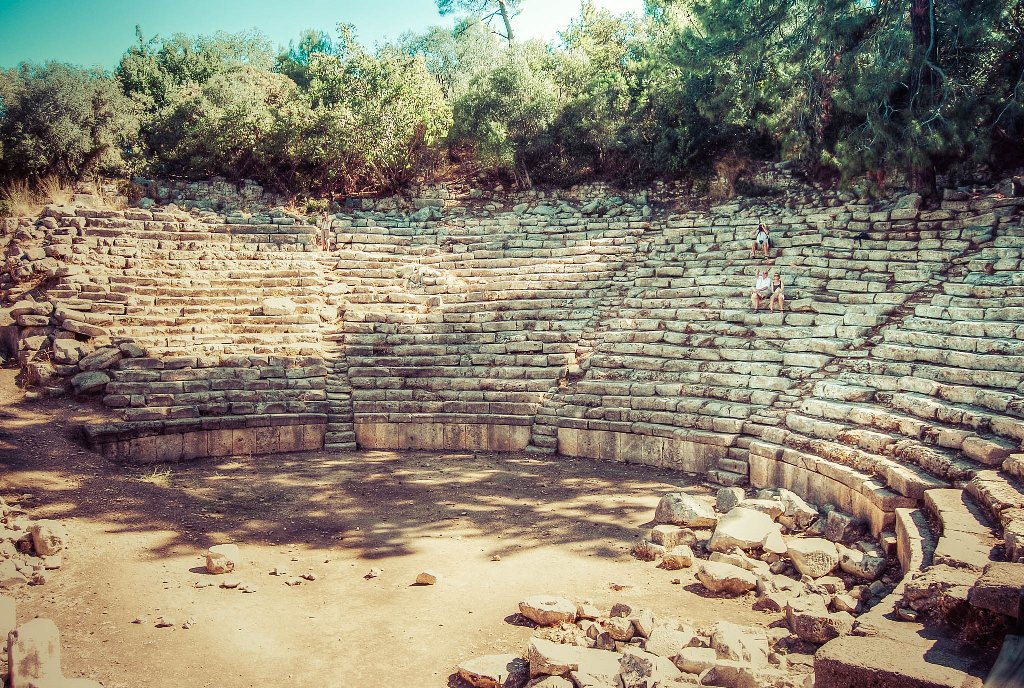 Majestic Phaselis: Gorgeous Beaches and Ancient Ruins