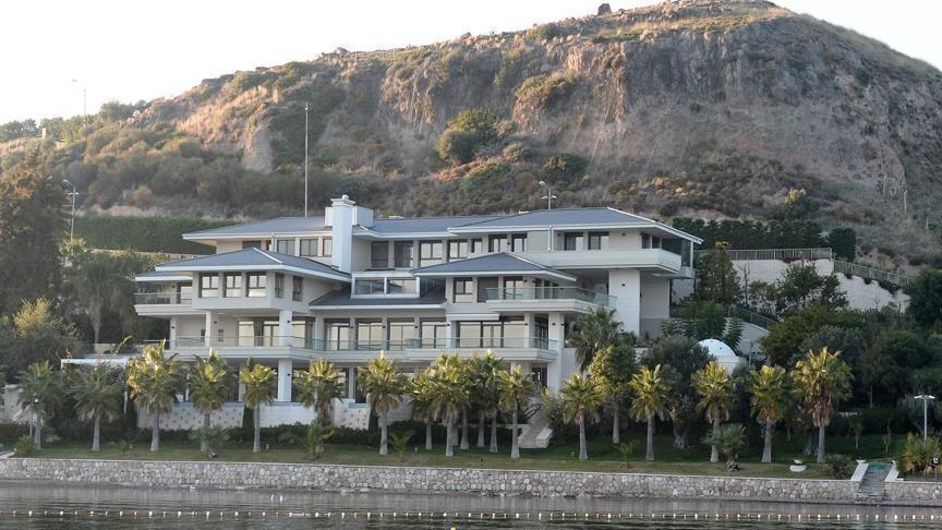 Brangelina's Turkish mansion sets tongues wagging, prices soaring