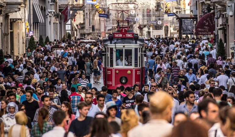 Fall in foot traffic sees Istiklal Avenue seek a new image