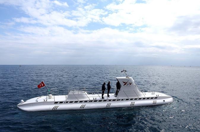 Antalya submarine offers glimpse into undersea world