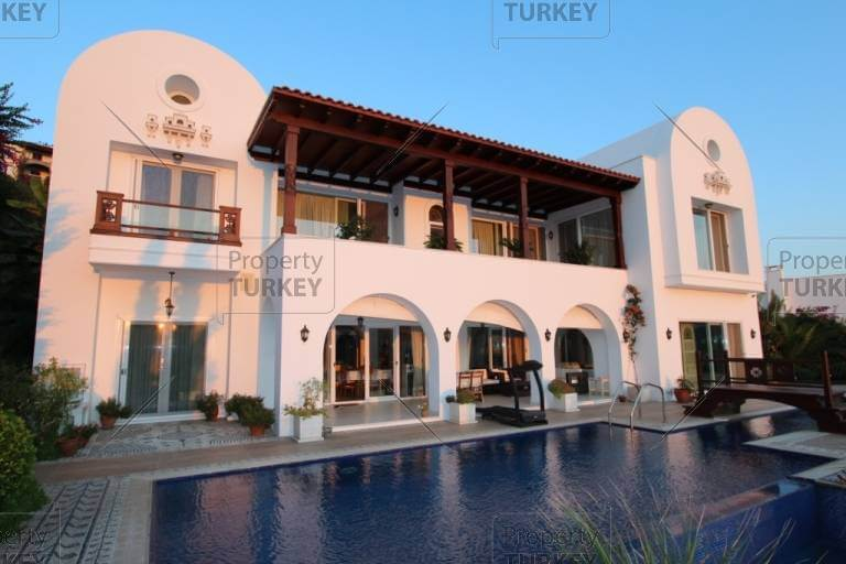 Villa in Bodrum waterfront with private jetty for mooring
