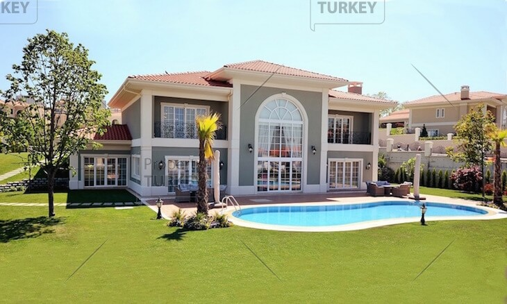 Outstanding Buyukcekmece family houses for sale