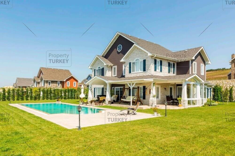 Lake view Villas for sale in Istanbul European side