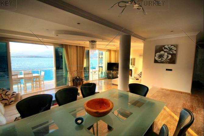 Seafront villa for sale on peaceful Sovalye Island