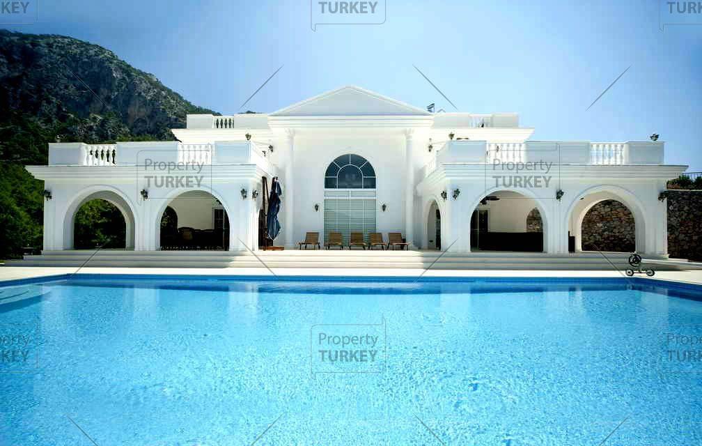 White House Premium in Zekeriyakoy Istanbul