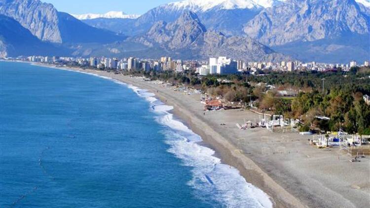 土耳其安塔利亚康雅尔蒂海滩