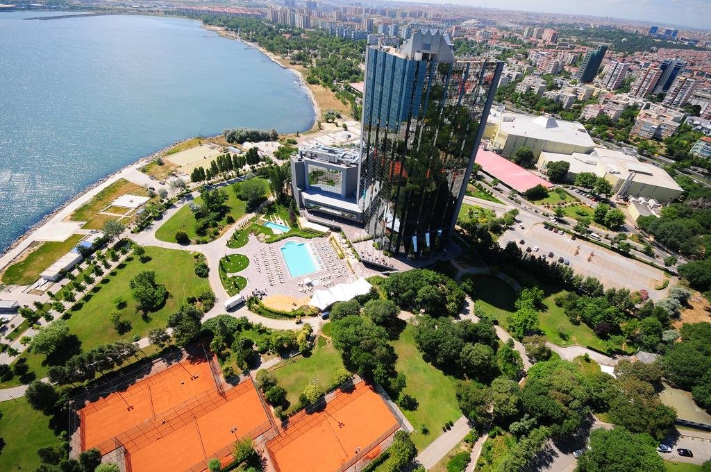 The Atacoy area, near to the Ataturk Airport