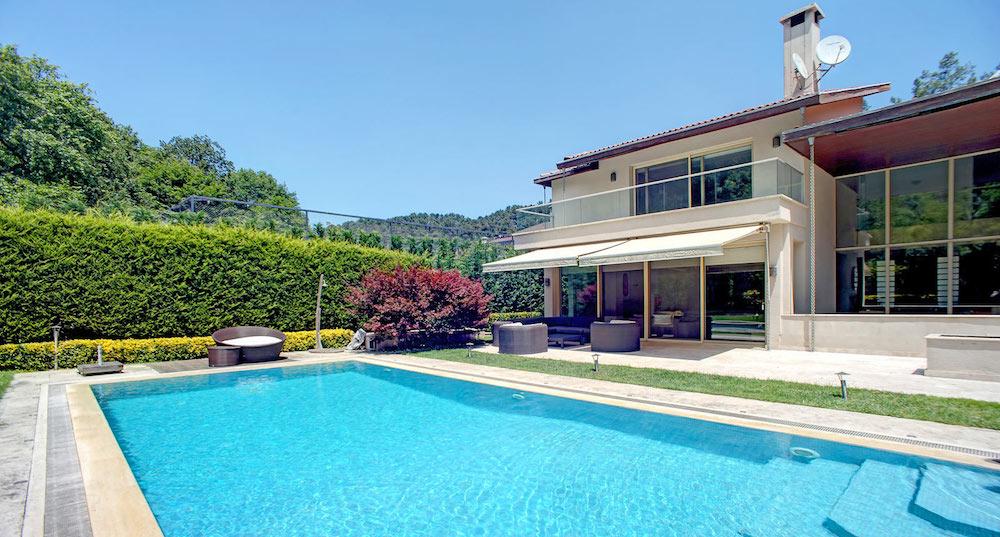 Sariyer villa