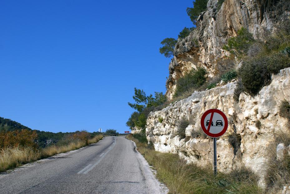 Driving roads in Turkey