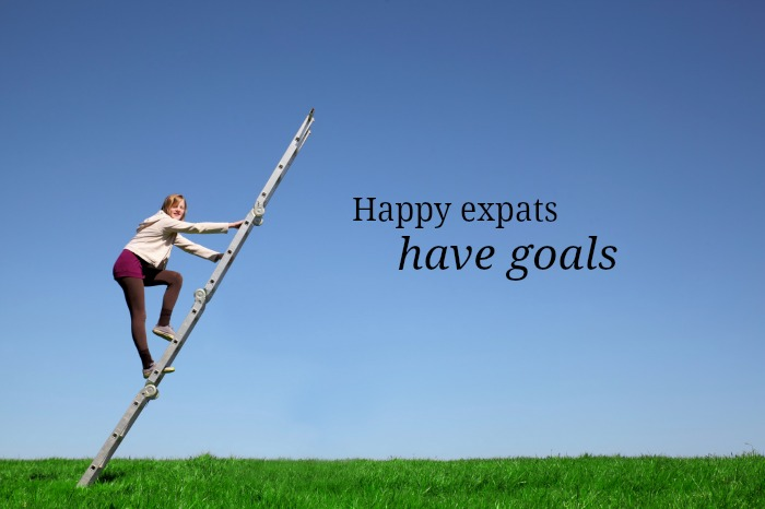happy expats have goals