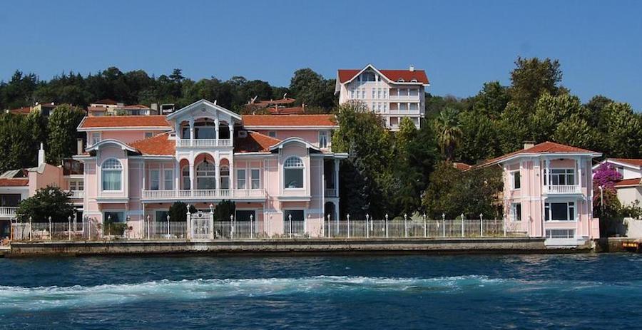 Yali mansion
