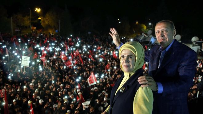 Erdogan claims victory referendum