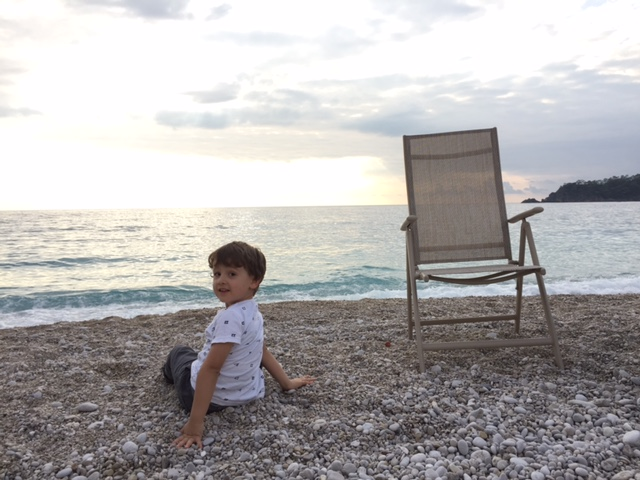 Child enjoyin Oludeniz Beach