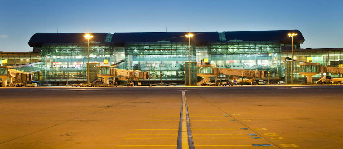 伊兹密尔机场