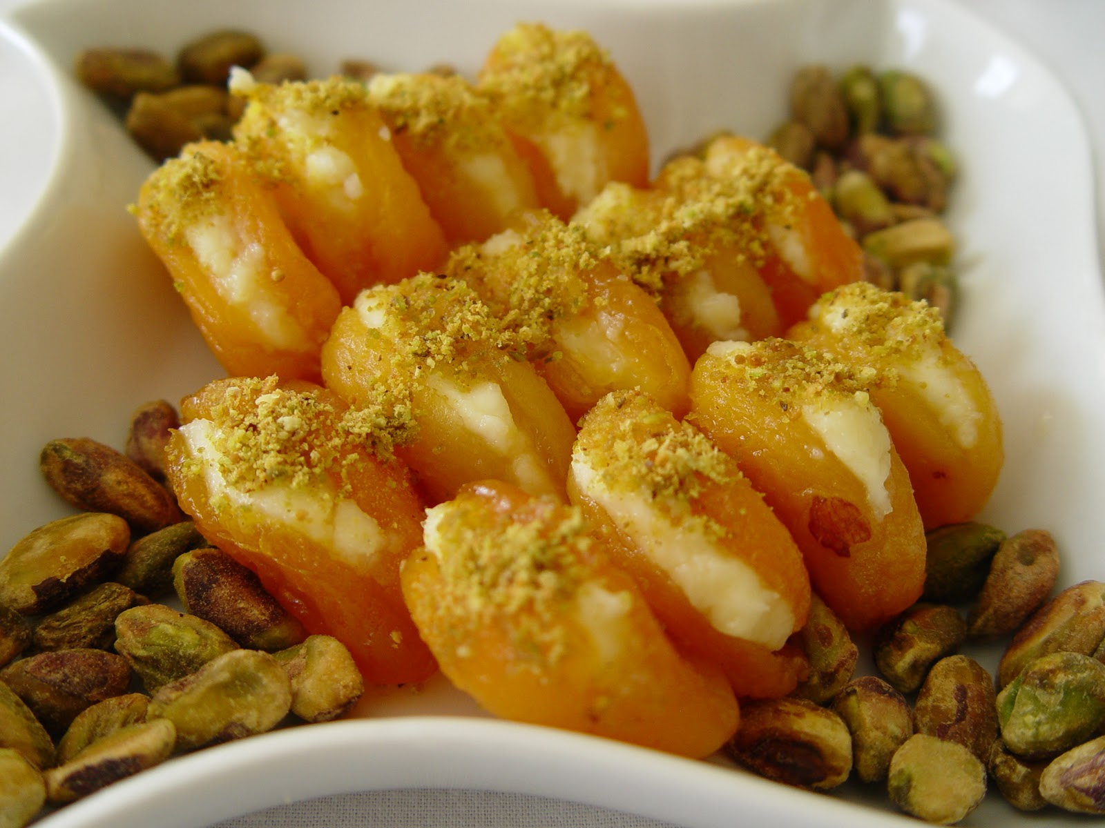 Kayisi Tatlisi - Turkish food