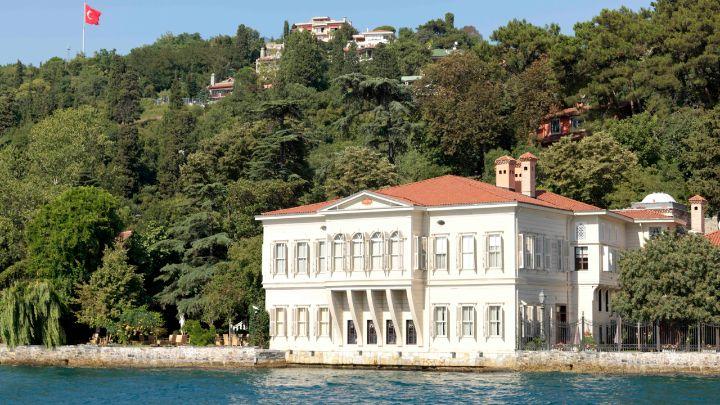 Bosphorus mansion, Istanbul