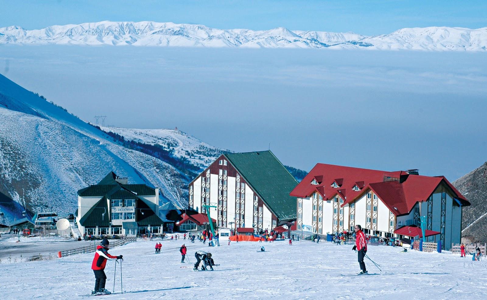 التزلج في جبال بالاندوكين بتركيا
