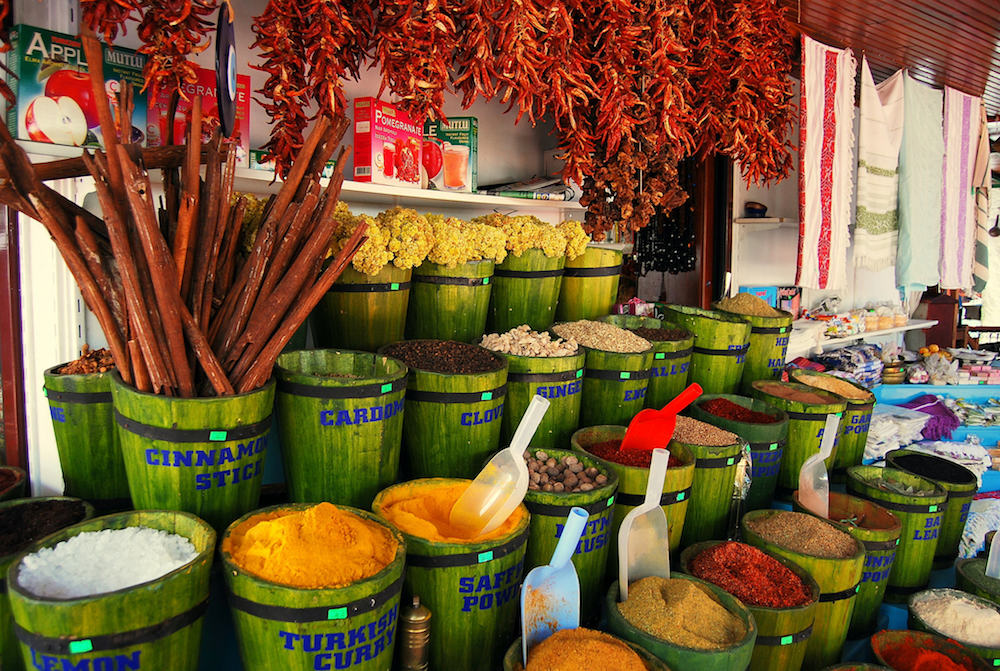 Souvenir Spices to Buy in Turkey