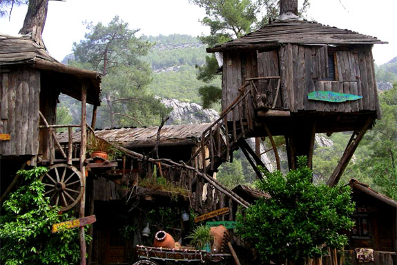 Kadir treehouses Turkey