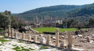 Tombs and Sarcophagi in Stratonikeia to open for visitors