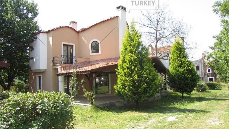 Bargain villas for sale in Sapanca Lake Istanbul