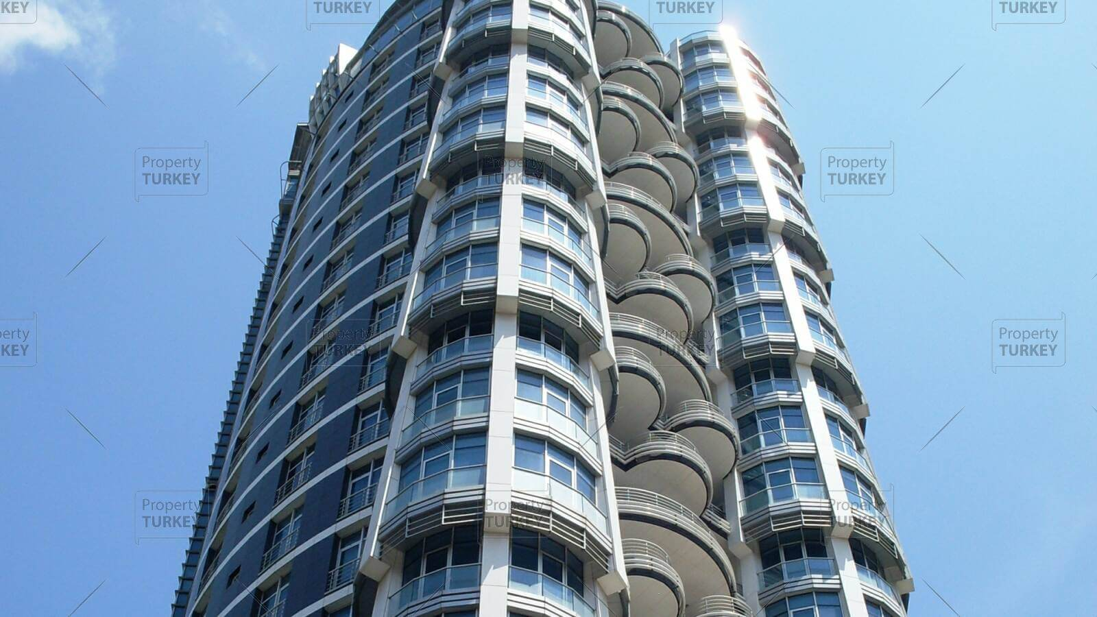 Below market value high end apartment in central Istanbul