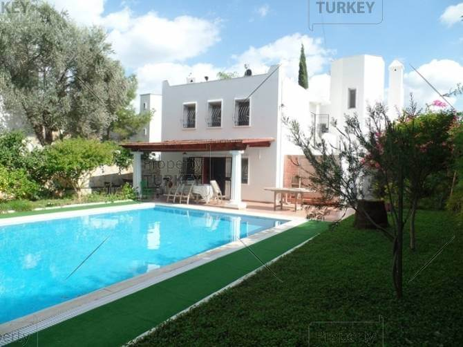 Torba real estate with private pool