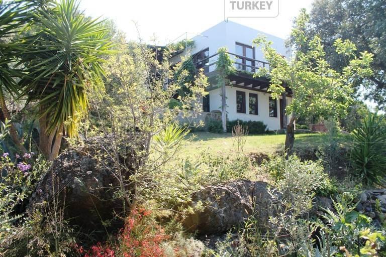 Property in Gumusluk