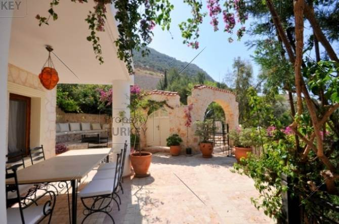 Kalkan house in the old town