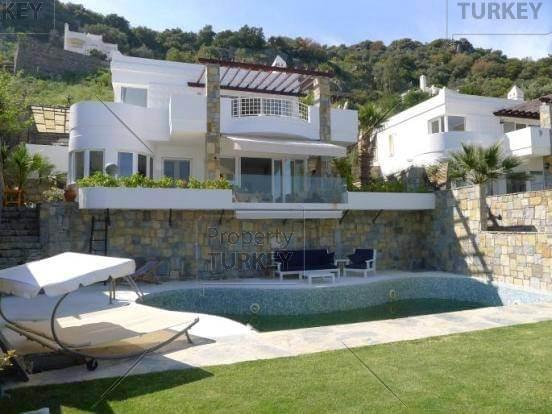 Property in Hebil Bay