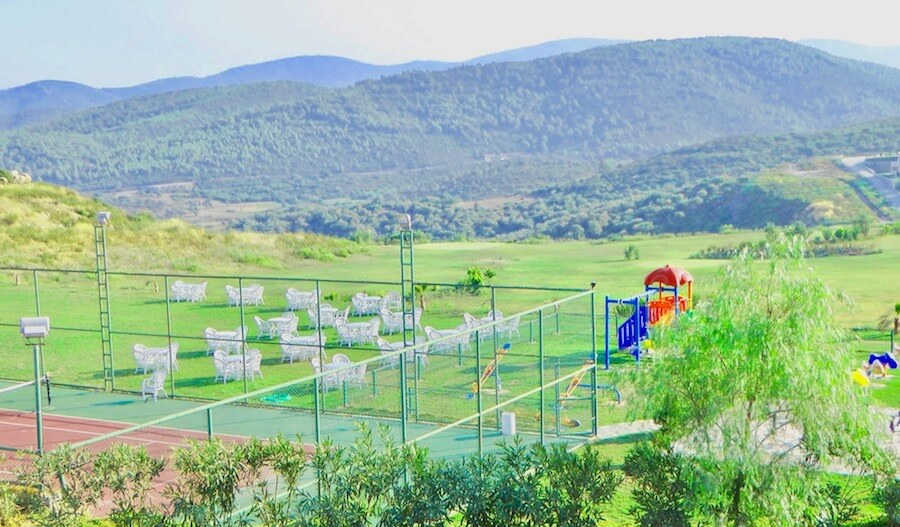 Green areas and sports courses