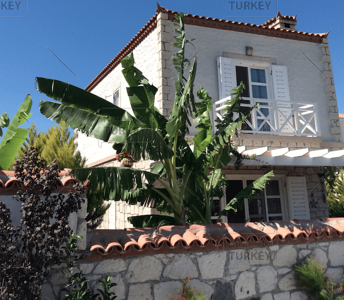 Property in Alacati for sale
