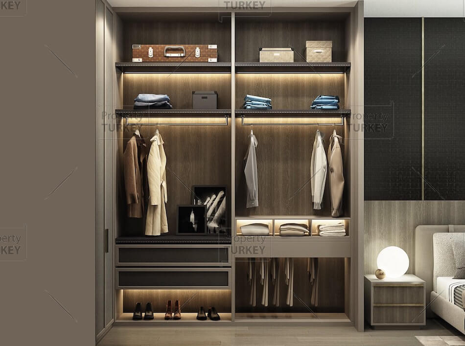 Closet in the bedroom