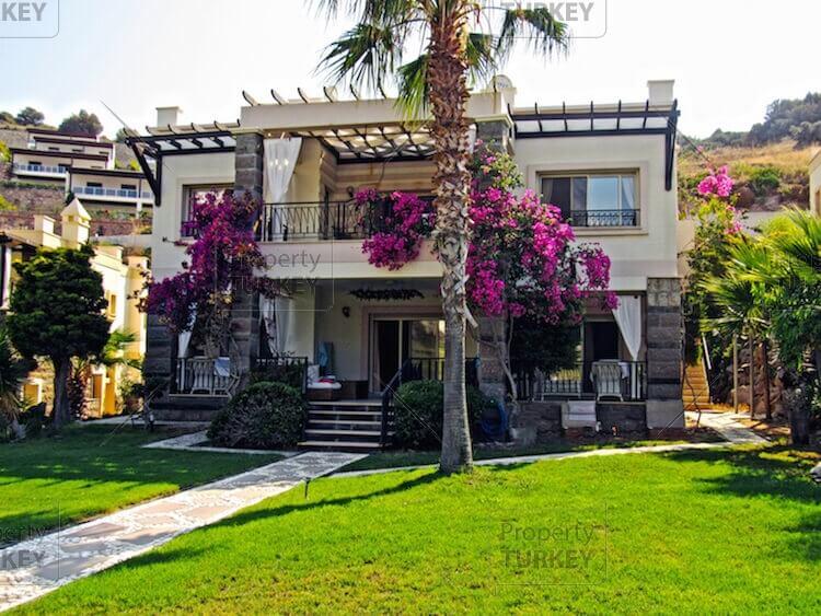 Yalikavak furnished villa for sale