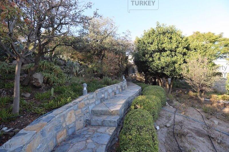 Villas walking paths