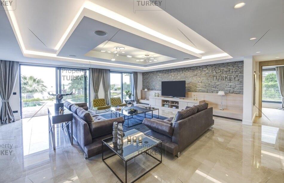 Large modern room