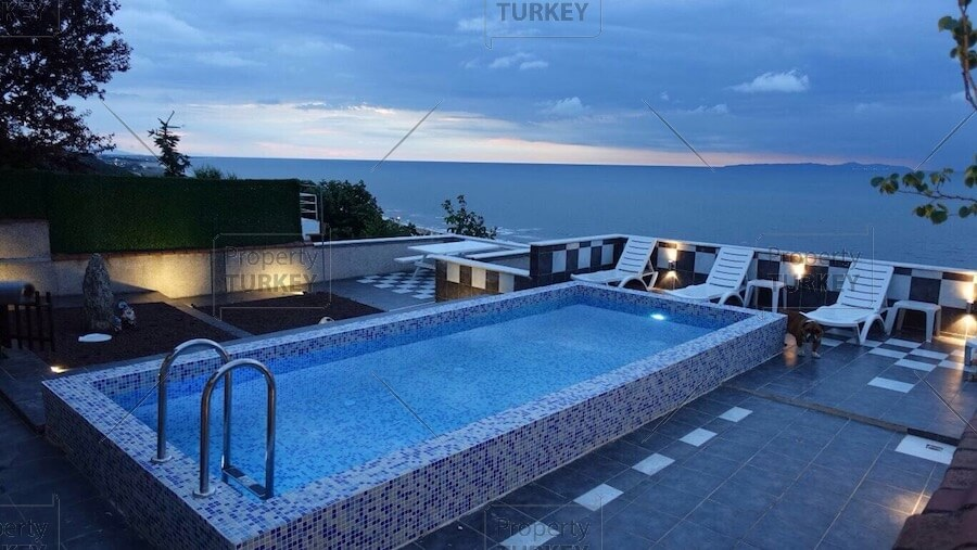 Sea view home for sale in Bursa