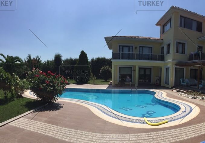 Home in Buyukcekmece for sale