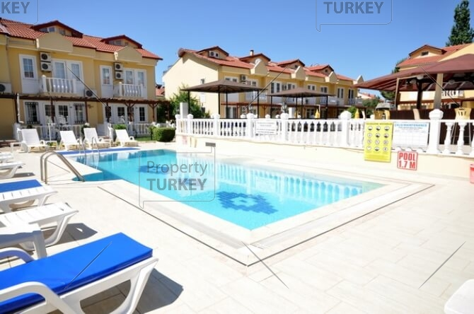 Calis Townhouse