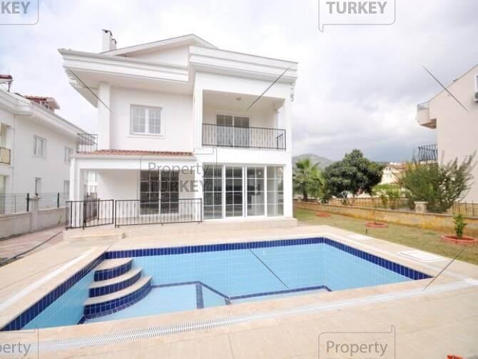 Luxury Calis home