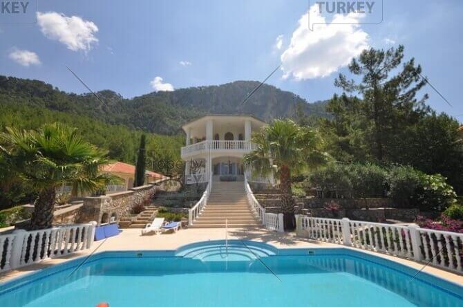 Akkaya detached villa for sale
