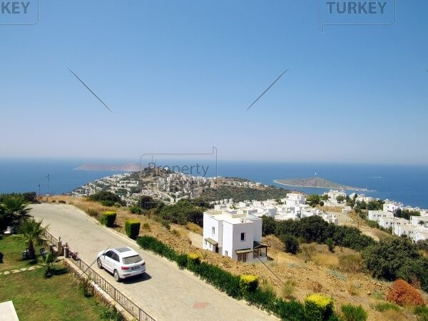 Villa with amazing views