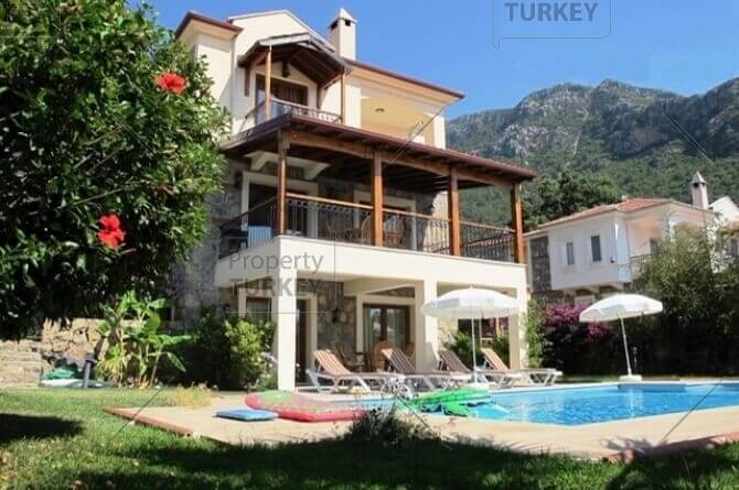 Villa with private pool for sale in Ovacik